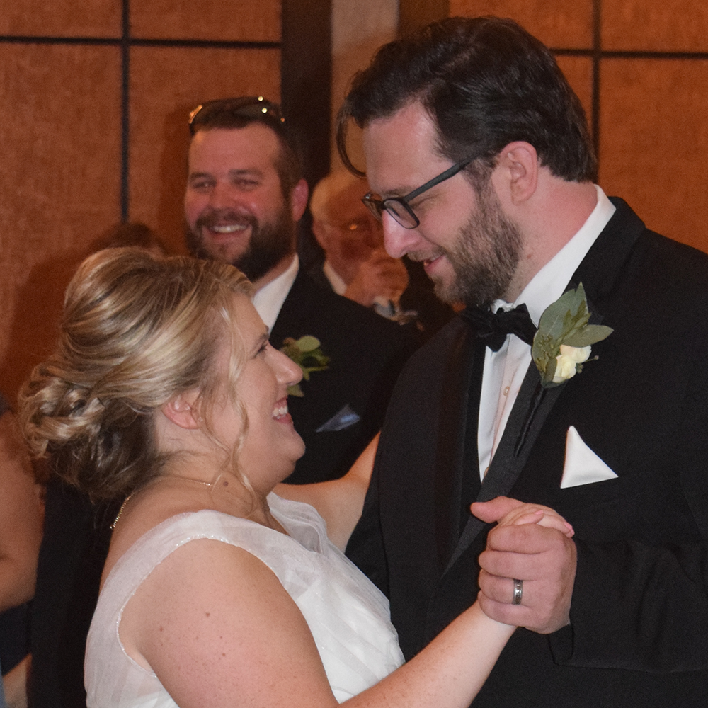 Stacy and Alex's wedding at Craftsman Inn, Fayetteville, NY 2019 - Photo by DJ Peter Naughton