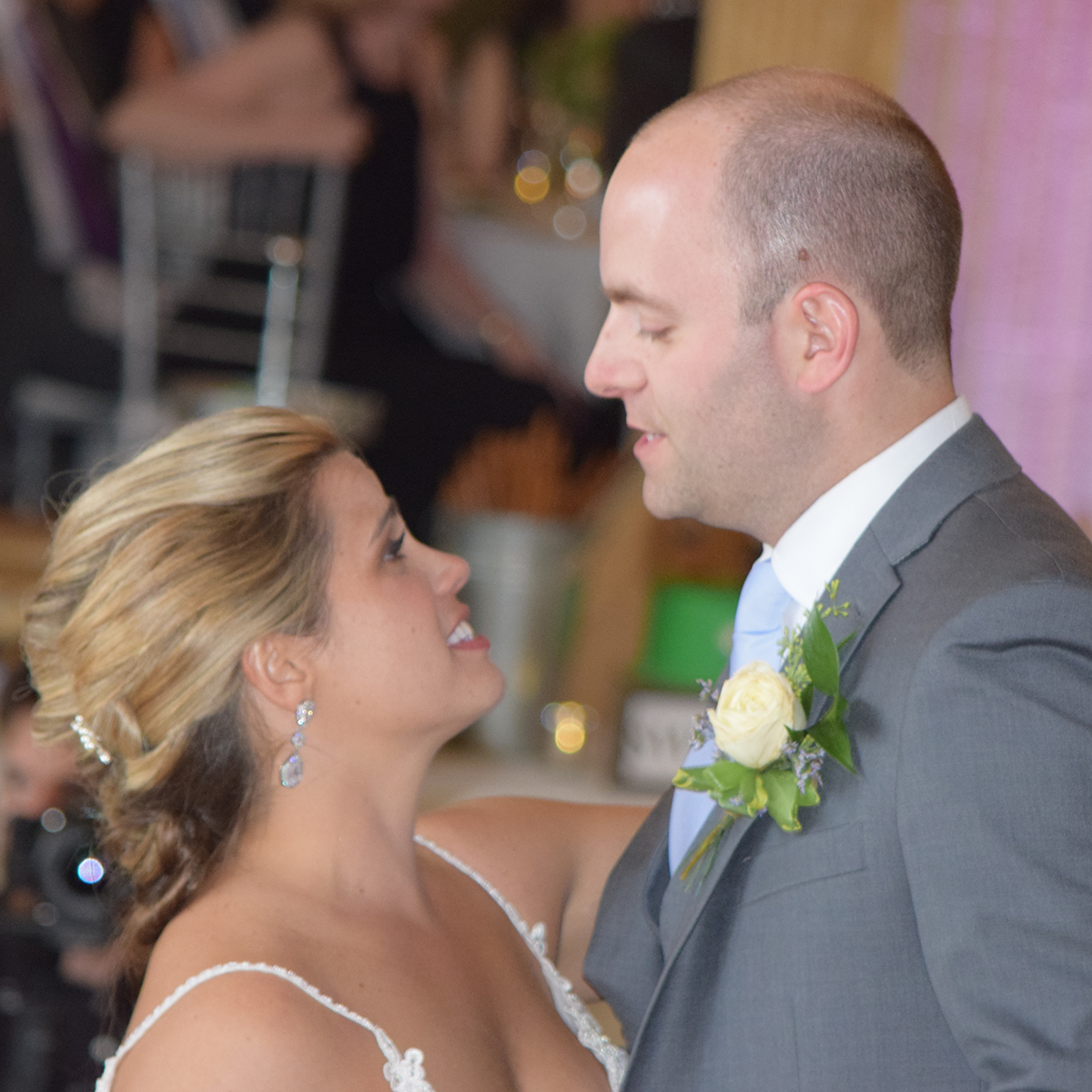 Erin and Tim's wedding at Marriott Syracuse Downtown Persian Terrace, August 2019. Photos by Peter Naughton peterthedj.com